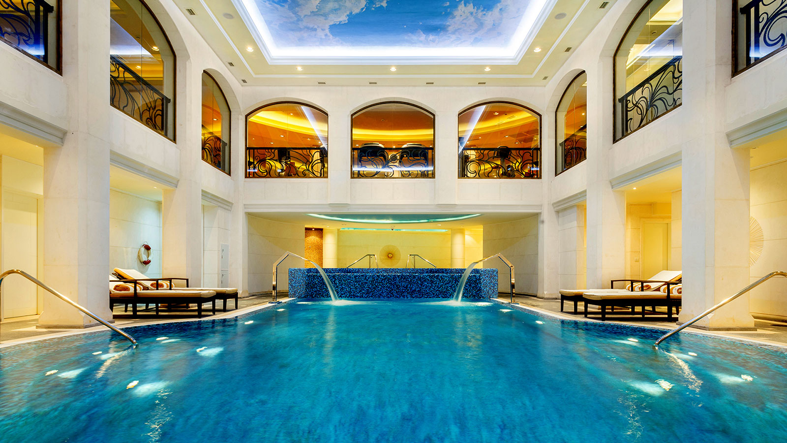 Luxury Five-Star Hotels in Moscow | The St. Regis Moscow Nikolskaya | Iridium SPA Moscow | Indoor Swimming Pool