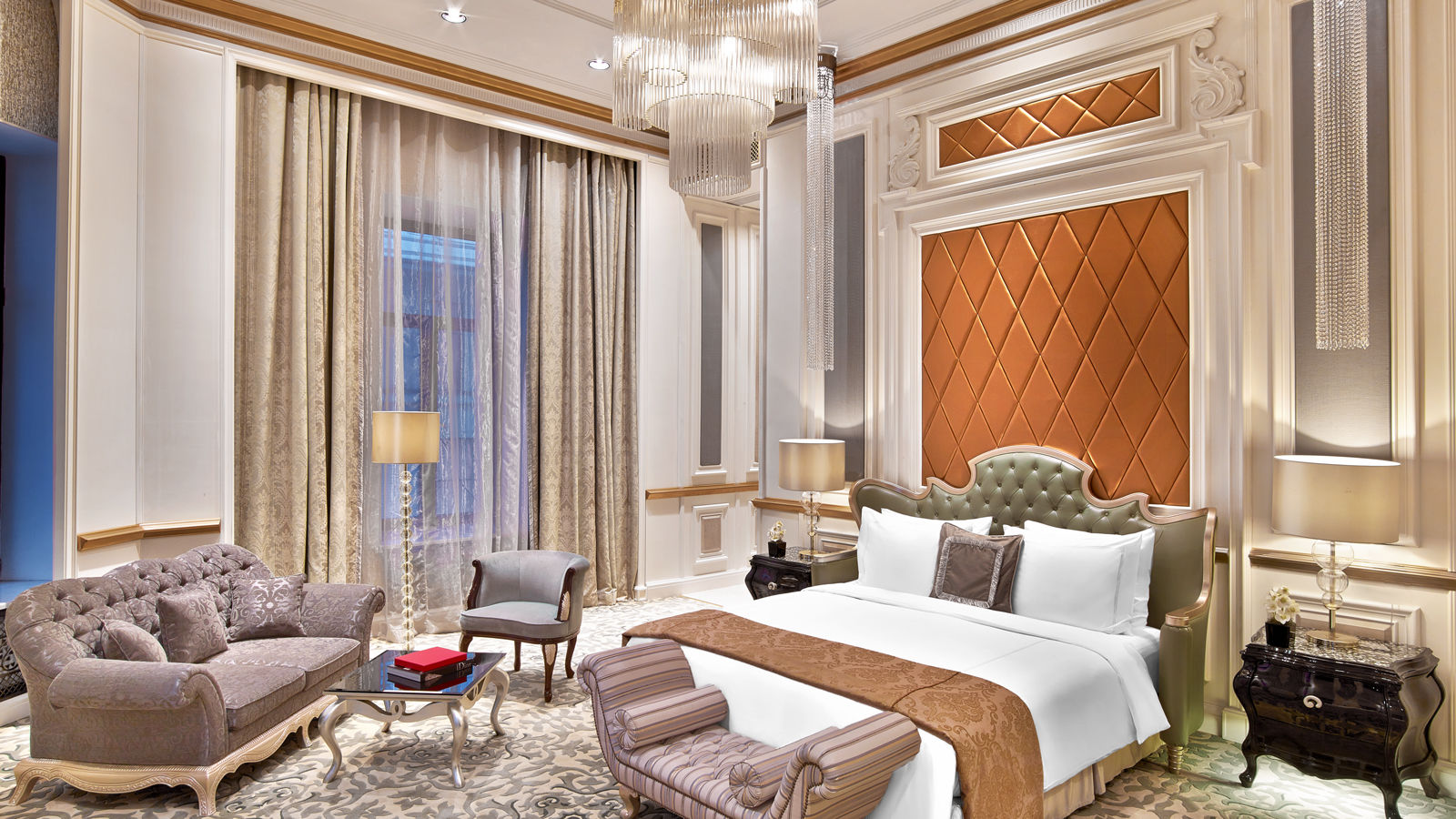 Luxury Five-Star Hotels in Moscow | The St. Regis Moscow Nikolskaya | Presidential Suite Bedroom