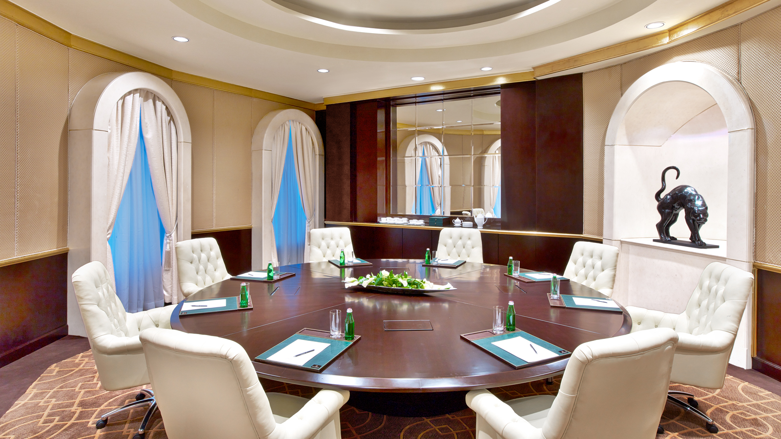 Luxury Five-Star Hotels in Moscow | The St. Regis Moscow Nikolskaya | Meetings & Events in Moscow | Shagal Meeting Room