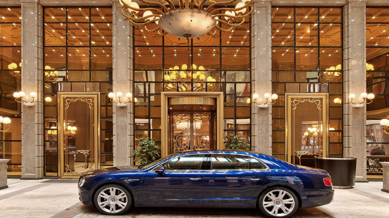 The St. Regis Moscow Nikolskaya, Bentley transfer